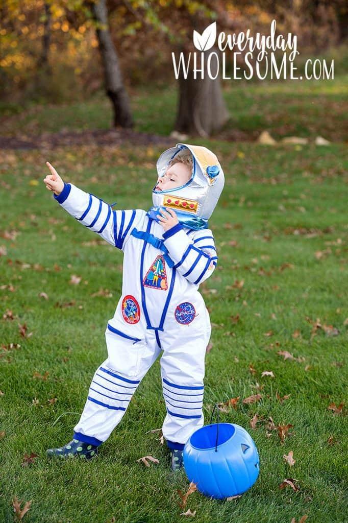 halloween-costumes-for-kids-astronaut