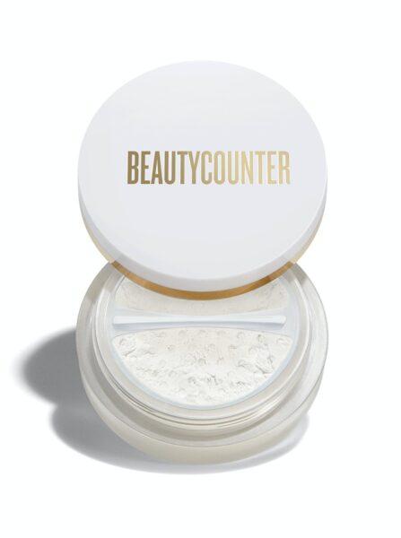 *Beautycounter Mattifying Powder